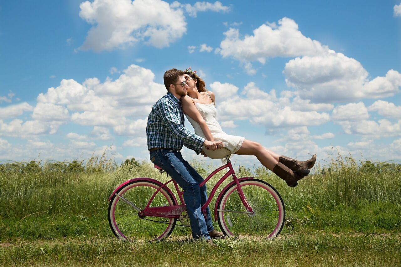Modern Dating: Ghosting or Growing?